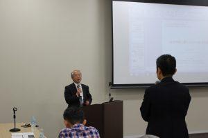 参加者からの質問に丁寧に答えていただいている松山先生